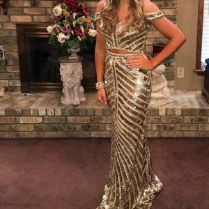 Gold Sherri hill prom dress. Two piece